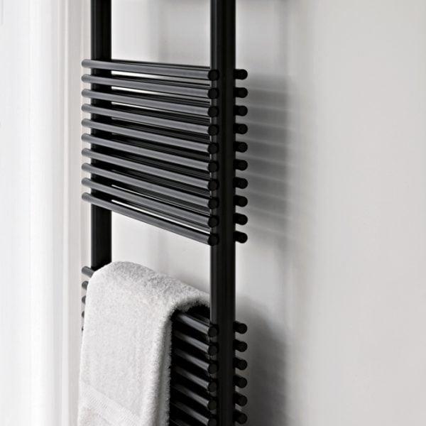 Tubes Basics 14 Towel Rail - 826 High - ELECTRIC 4