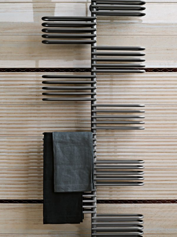Tubes Key Towel Warmer 3