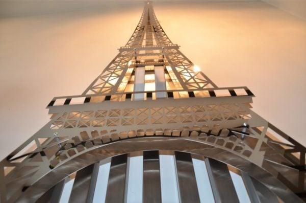 Eiffel Tower Radiator 5