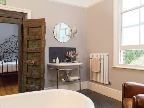 Bisque Tetro Towel Radiator 1